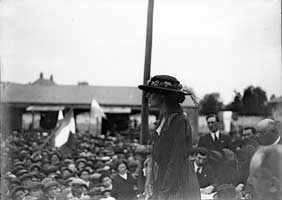 Constance Markievicz addresses a republican meeting in later years.