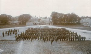 The British Army garrison parades in Carlow Barracks during the War of Indepdnence (Courtesy of Irish roots website http://www.rootsweb.ancestry.com/~irlcar2/Carlow_Military.htm)