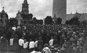 A real Republican funeral at Glasnevin in 1922, that of Cathal Brugha, killed on July 5 of that year.